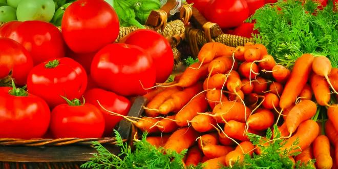 Investir em alimentos amarelos, vermelhos ou laranja ajuda a afastar a doença