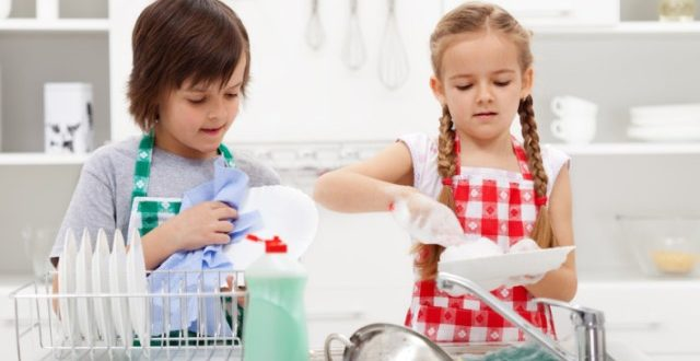criança cuidados pais e filhos bem estar dos filhos